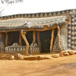Casas de terra da tribo Gurunsi em Burkina Faso.