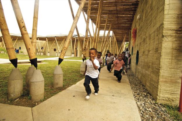 escola em bambu