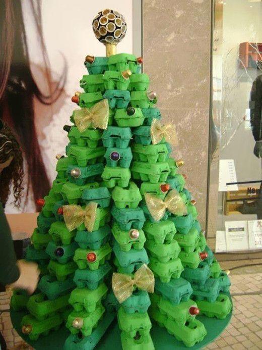 Árvore de natal de caixa de ovos