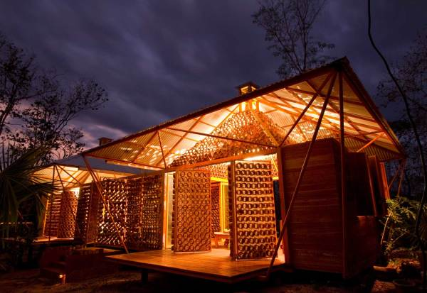 A Casa De Bambu De Benjamin Garcia Saxe Sustentarqui