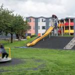 Habitação popular sustentável e colorida em Londres