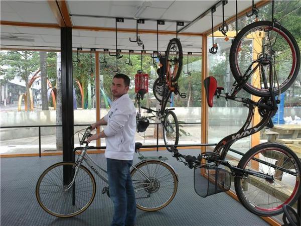 avenida Paulista acaba de ganhar um novo bicicletário