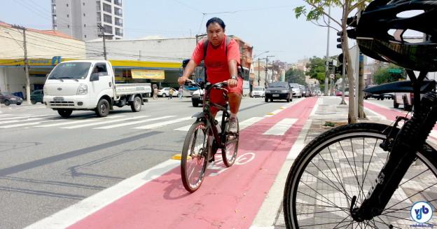 Receber dinheiro para ir de bicicleta ao trabalho pode ser realidade em SP