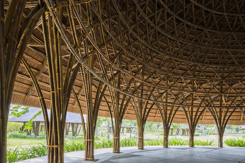 C 250 Pulas De Bambu Misturam Arte Tradicional E Arquitetura