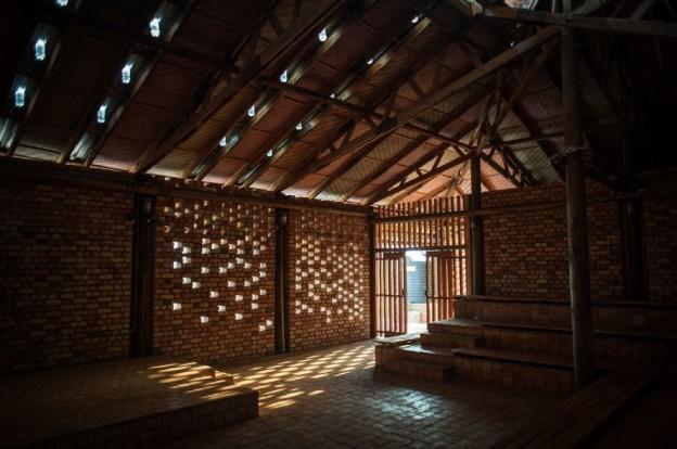 Centro comunitário em Uganda Ross Langdon