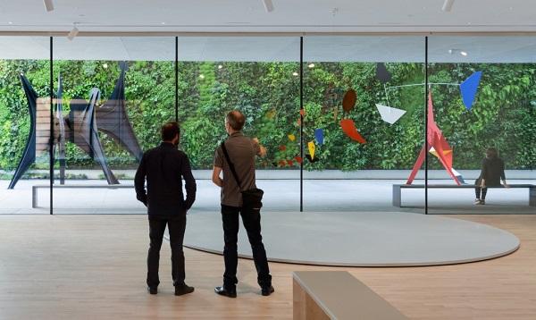 Museu de Arte Moderna de São Francisco  jardim vertical