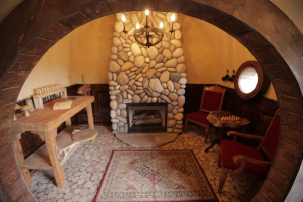 Casas de hobbit em washington sustentarqui for Porta hobbit