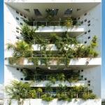 Brise-soleil natural compõe a fachada de edifício em Chipre