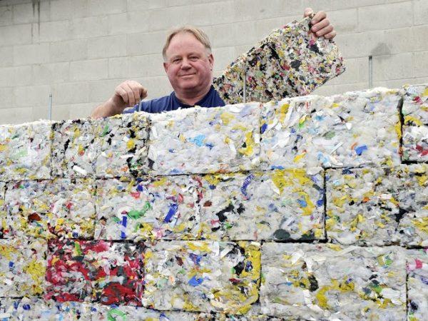 tijolos ecológicos inovadores plástico do oceano