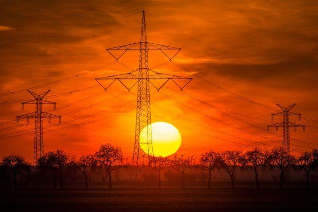 Dicas de como economizar energia no verão